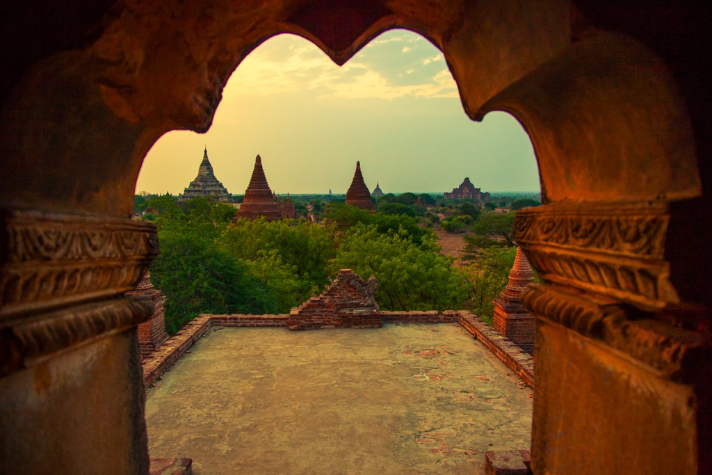 bagan myanmar stupa temple burma